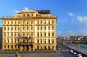 Explore-Italy-the-westin-excelsior-florence-hotel-exterior