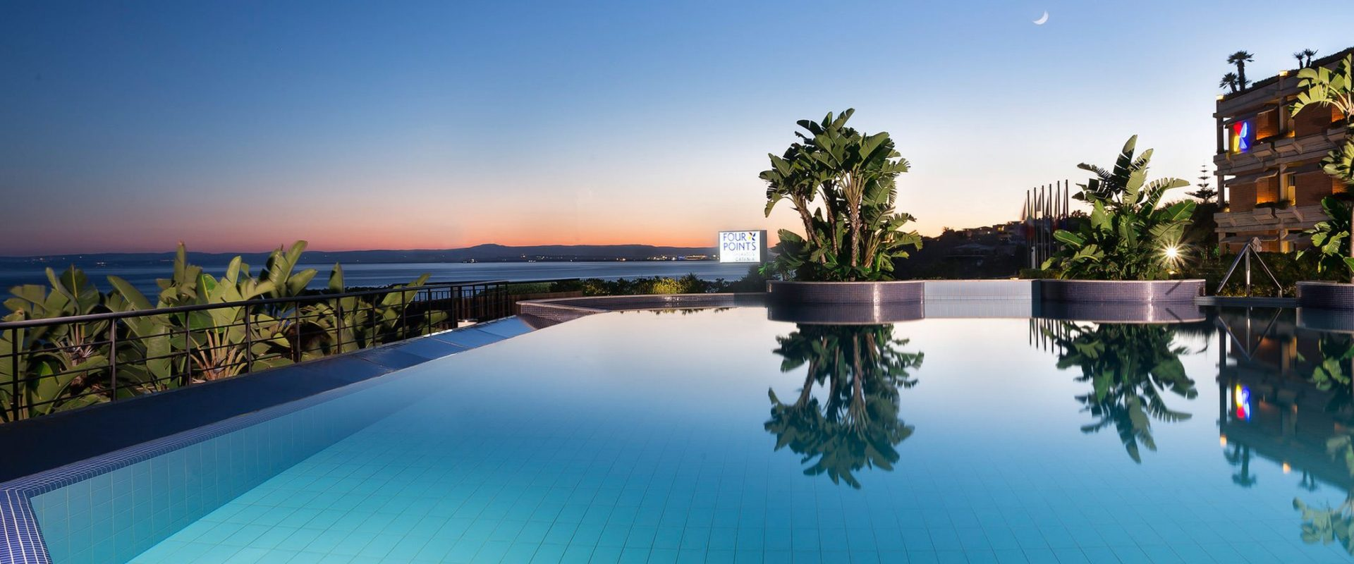 Explore-Italy-Hotel-Four-Points-Sheraton-Catania-Hotel-Pool-Sunset