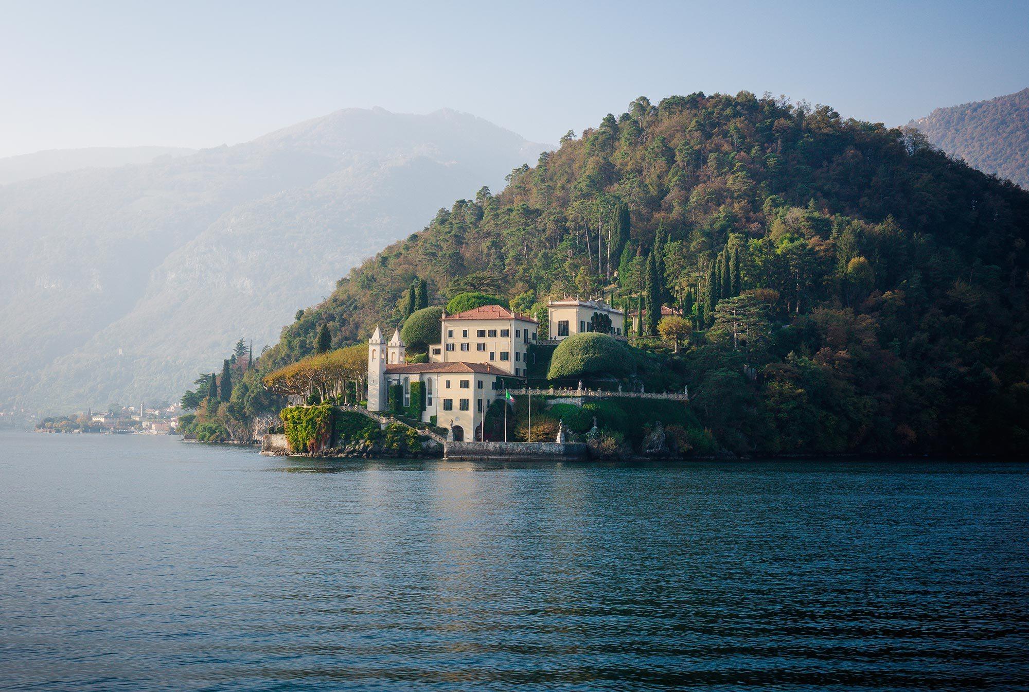 Explore-Italy-Villa-del-Balbianello-in-Lake-Como