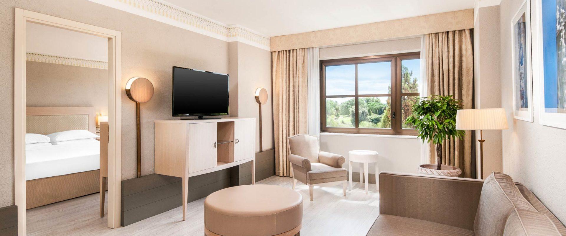 Sheraton-Parco-de-Medici-Rome-Senior-Suite