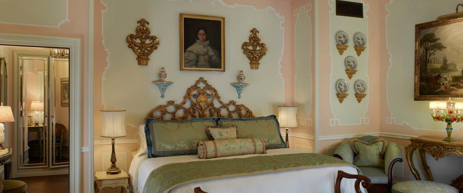 The-Griitti-Palace-Venice-Pisani-Palazzo-Canal-Suite