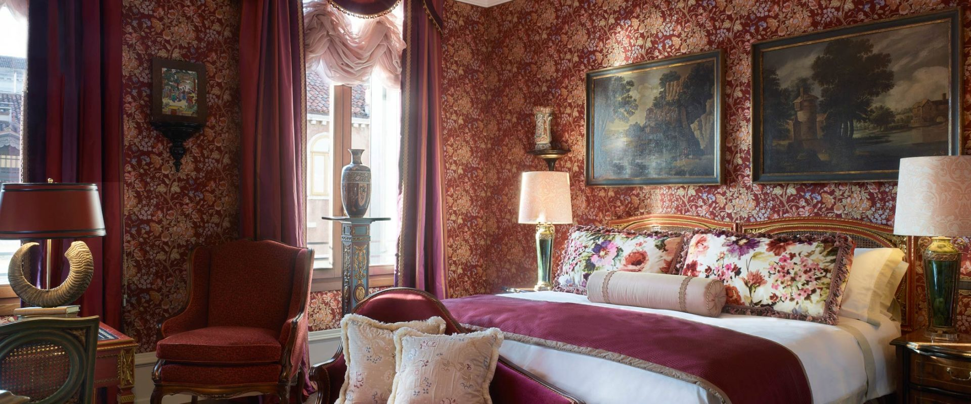 The-Griitti-Palace-Venice-Ruskin-Patron-Grand-Canal-Suite