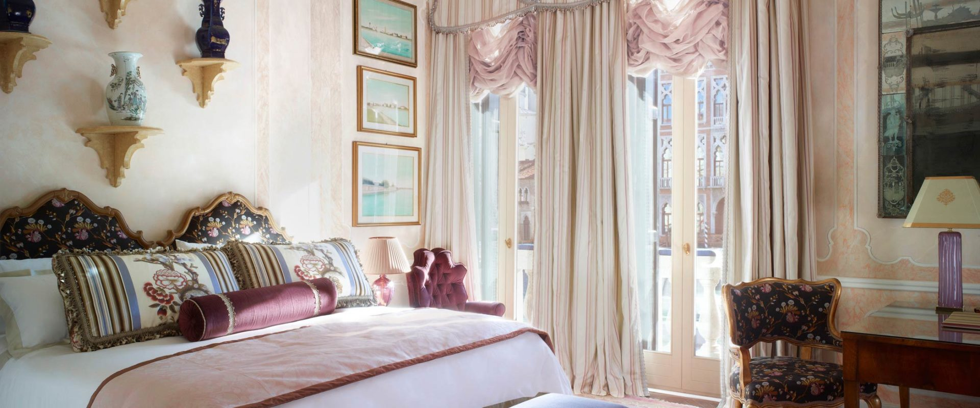 The-Griitti-Palace-Venice-Somerset-Maugham-Royal-Suite