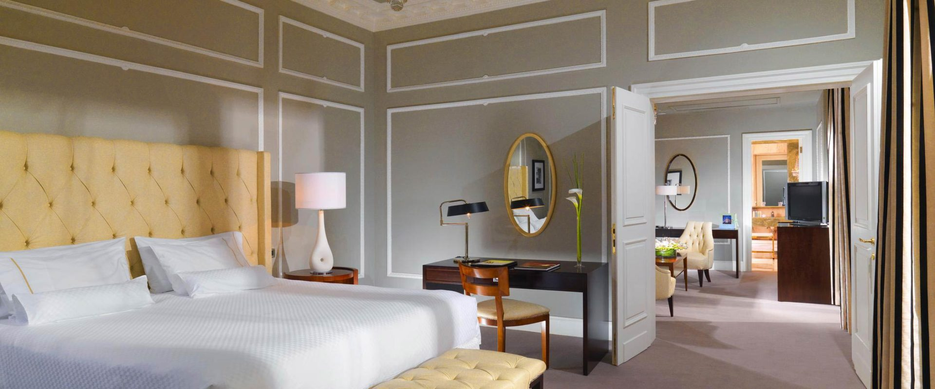 The-Westin-Excelsior-Rome-Grand-Luxe-Suite