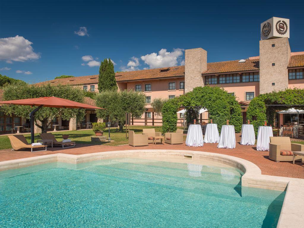 Pool Sheraton Parco de Medici Rome